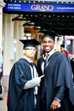 Sorrisi di graduazione Fotografia Stock Libera da Diritti