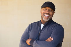 Sorriso afro-americano maduro do homem Fotos de Stock Royalty Free