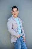 Sorriso asiático envelhecido meio do homem Fotografia de Stock