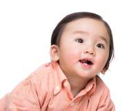 Sorriso asiatico del neonato immagine stock libera da diritti