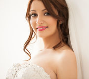 Sorriso bonito da noiva Fotos de Stock Royalty Free