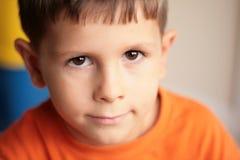 Sorriso bonito do menino Imagem de Stock Royalty Free
