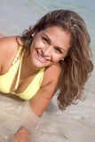 Sorriso da mulher do biquini Fotografia de Stock
