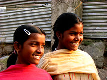 Sorriso delle sorelle Immagine Stock