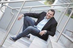 Sorriso do homem de negócios do Latino Fotografia de Stock