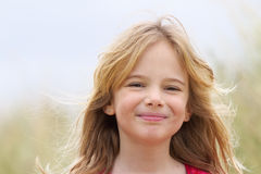 Sorriso feliz da menina bonita Imagens de Stock Royalty Free