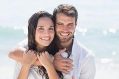 Sorriso feliz dos pares imagens de stock royalty free