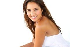Sorriso latino-americano bonito novo da mulher Fotos de Stock Royalty Free