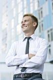 Sorriso novo amigável do executivo empresarial Fotografia de Stock