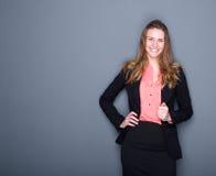 Sorriso novo da mulher de negócio imagens de stock royalty free