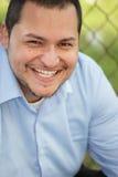 Sorriso novo do homem do Latino fotografia de stock