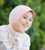 Sorriso perfeito da menina do malay Fotografia de Stock