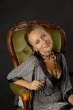 Sorriso piacevole di giovane signora fotografia stock