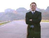 Sorriso su un uomo di affari fotografie stock libere da diritti