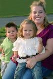 Sorrisos 3 da família Imagem de Stock Royalty Free