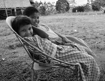 Sorrisos das meninas de Bagobo nas Filipinas Fotografia de Stock Royalty Free