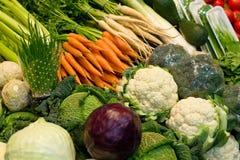 Sorte diferente dos vegetais em um carrinho Fotos de Stock Royalty Free