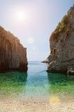 Sortez à la mer (baie de Stiniva, Croatie, la force) images stock