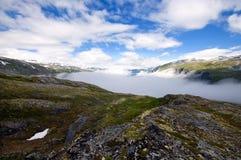 Sortie basejupmping de mur paresseux en Norvège Photographie stock libre de droits