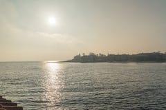 Sortie du détroit étroit d'Alssund pour ouvrir la mer baltique dans Sonderborg, Danemark photos libres de droits
