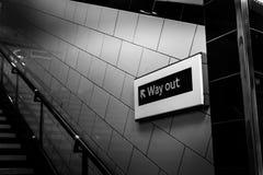 Sortie du tube à Londres, Angleterre Photos libres de droits