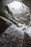 Sortie raide d'une caverne Photos stock