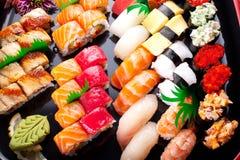Sortierte japanische Sushi lizenzfreies stockbild