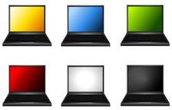 Sortierte Laptope mit farbigen Bildschirmen