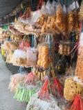 Sortierte lokale malaysische Plätzchen und Kekse lizenzfreie stockbilder