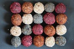 Sortierte rohe Bonbons des strengen Vegetariers Stockfotografie