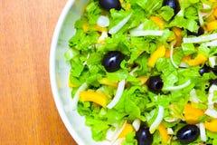 Sortierter Salat des grünen Blattkopfsalates Lizenzfreie Stockbilder