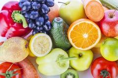 Sortiment av exotiska frukter och grönsaker Royaltyfri Foto