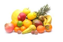 Sortiment av exotiska frukter som isoleras på vit Royaltyfri Foto