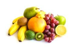 Sortiment av exotiska frukter som isoleras på vit Royaltyfria Bilder