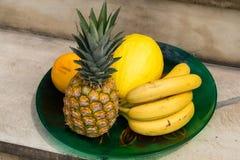 Sortiment av nya exotiska frukter Royaltyfri Foto