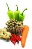 Sortiment av nya grönsaker på vit bakgrund Royaltyfri Foto