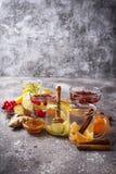 Sortiment av sunt te för vinter för immunitetökning royaltyfri foto