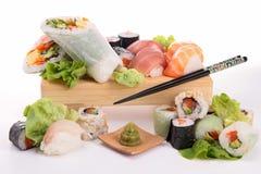 Sortiment av sushi Fotografering för Bildbyråer