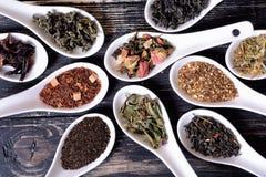 Sortiment av torr tea royaltyfri foto
