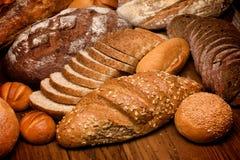 sortiment bakat bröd Arkivfoton