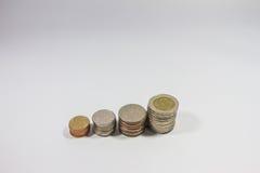 Sortować tajlandzka moneta na białym tle Zdjęcia Royalty Free