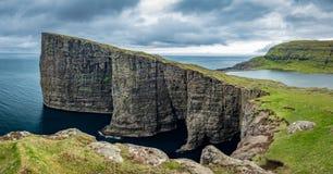 Sorvagsvatn lake over the ocean gigapan, Faroe Islands