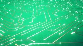 Sorvolare il chip con gli elettroni di un volo Colore verde archivi video