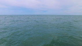 Sorvolare la costa stock footage
