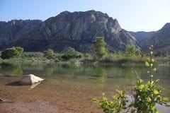 Sosta di condizione del ranch della montagna della sorgente Fotografie Stock Libere da Diritti