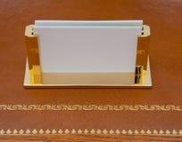 Sostenedor de cobre amarillo de la tarjeta de visita Imagen de archivo