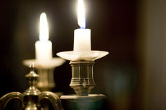 Sostenedor de la luz de una vela imagenes de archivo