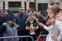 Sostenitori di Trump fuori dell'inaugurazione 2017 del ` s di Donald Trump Immagine Stock