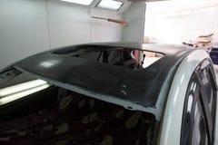 Sostituzione del tetto dell'automobile Fotografie Stock
