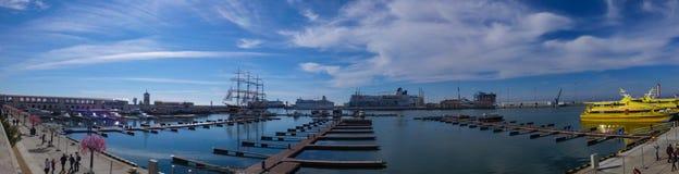 Sotchi, Rusland, 12 Februari, 2014: De zeehaven van Sotchi Royalty-vrije Stock Afbeeldingen